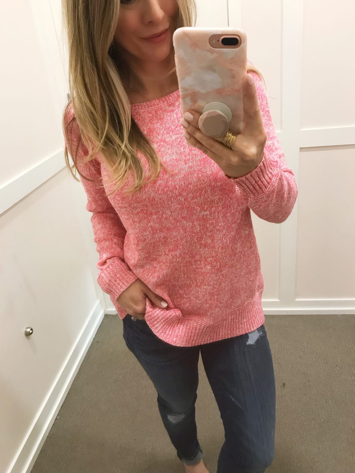 pink sweater and modern skinny jeans -1