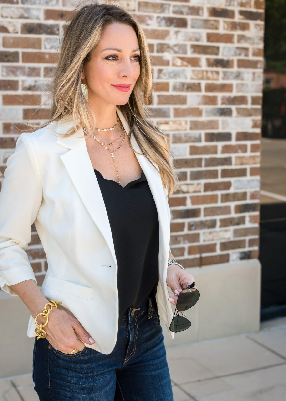 how to style a white blazer jeans