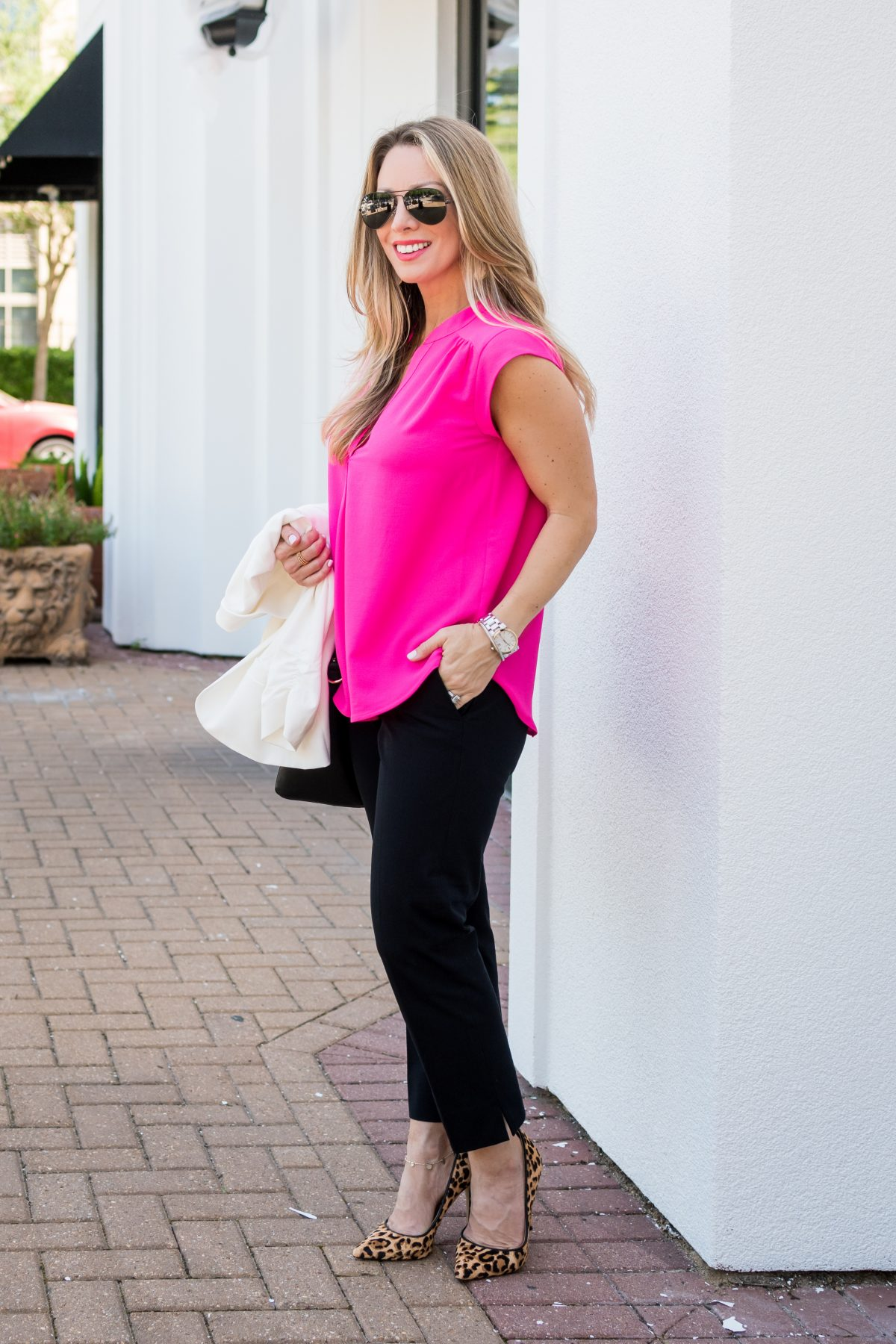 Work Outfit pink tunic black pants and white blazer with leopard heels