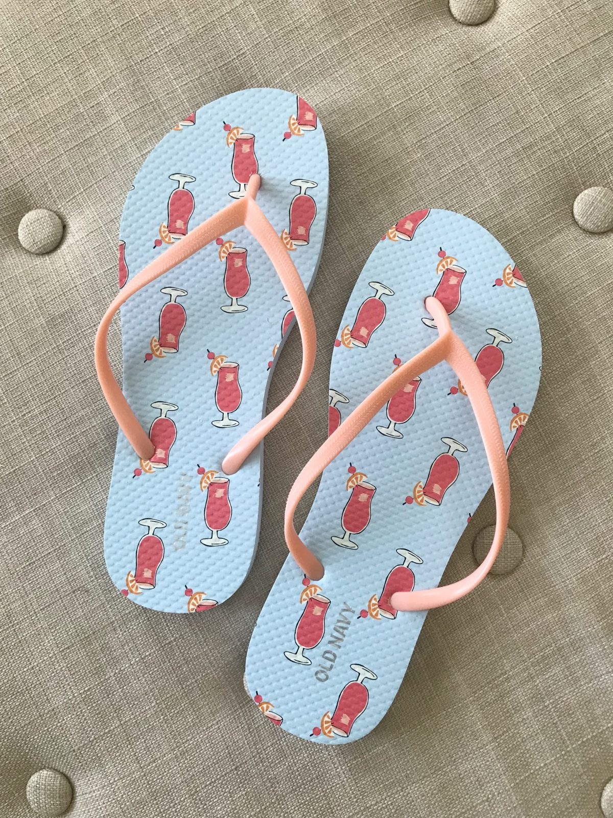 cute summer Old Navy flip flops