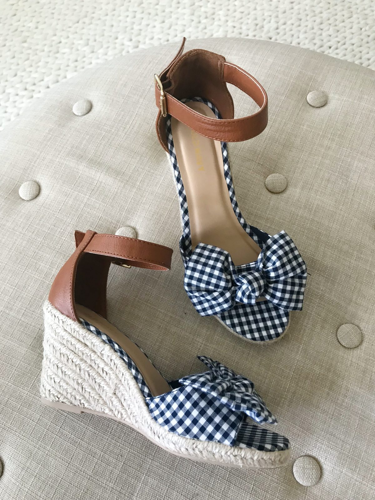 cute summer Old Navy gingham wedges