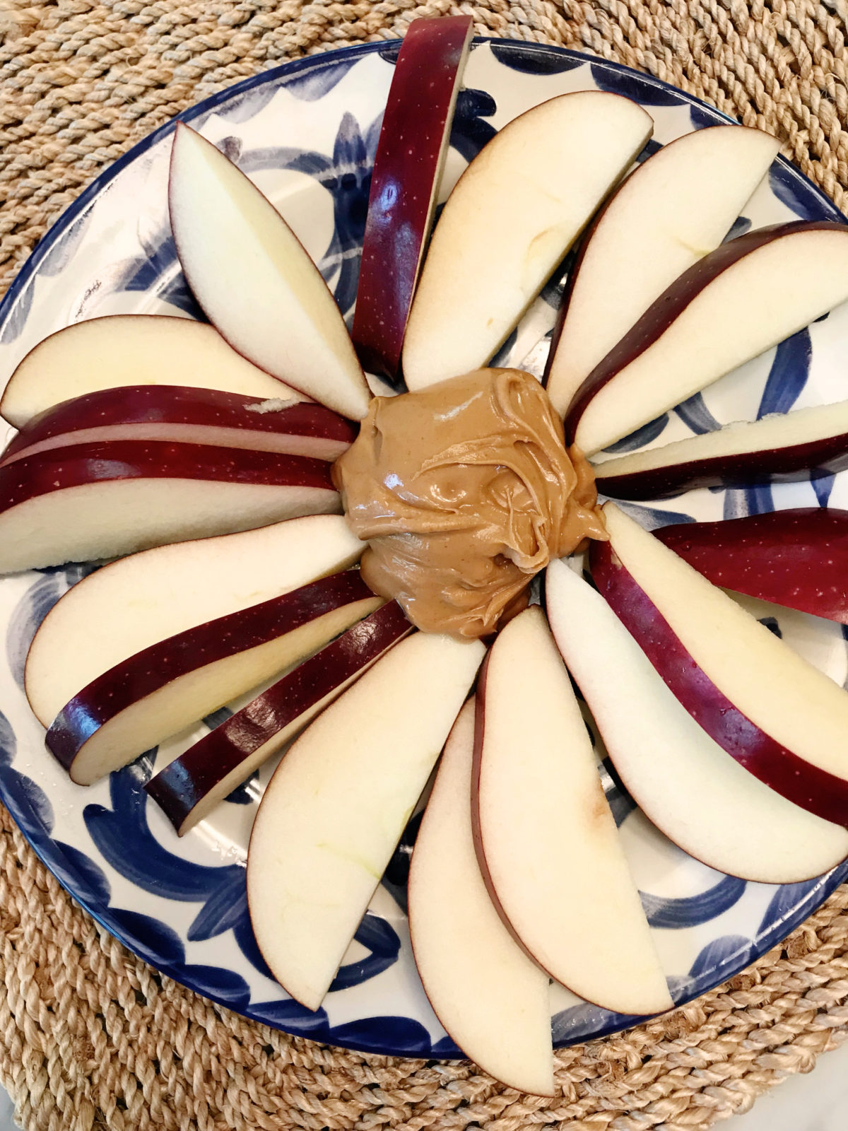 what i eat in a week Apples and peanut butter