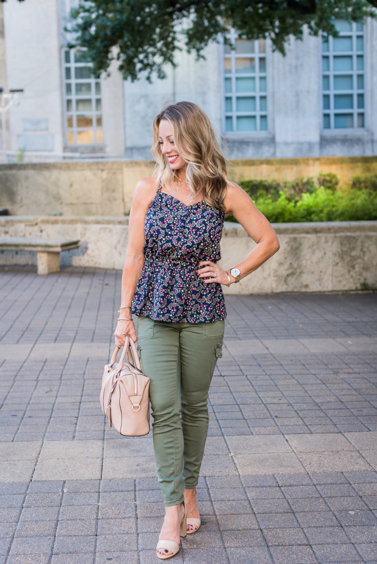 Summer to Fall Outfits floral top