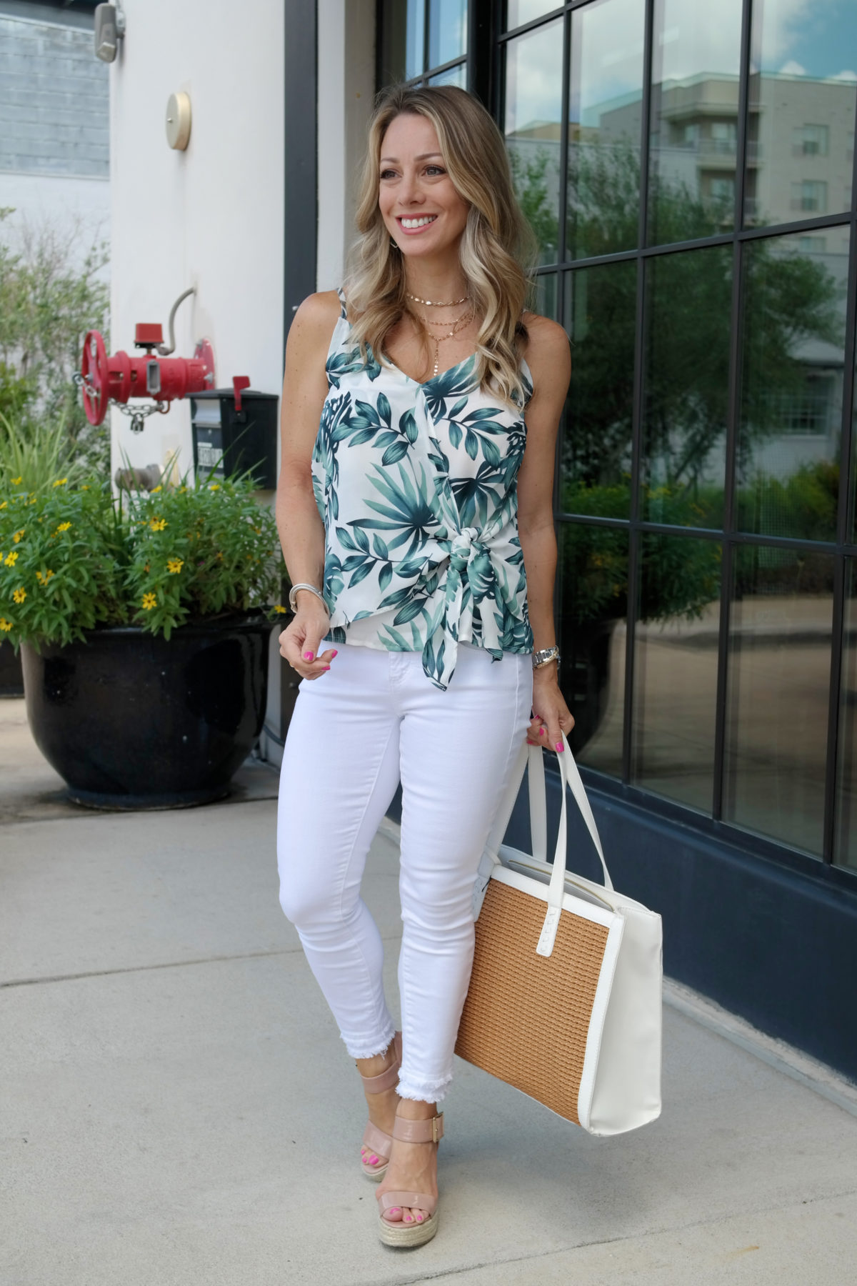 palm print tank summer outfit