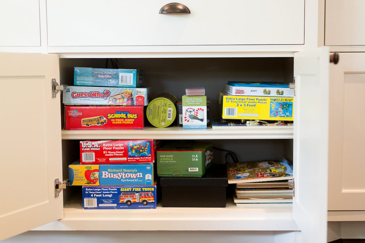 how to organize toys in the living room
