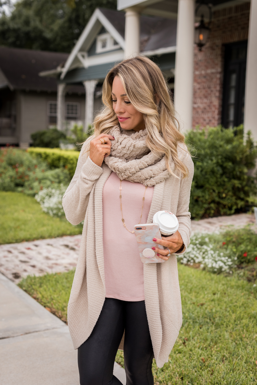 Cozy Fall Outfit Inspiration - Barefoot Dreams cardigan and Gibson soft tank with Spankx leggings and sneakers (3)