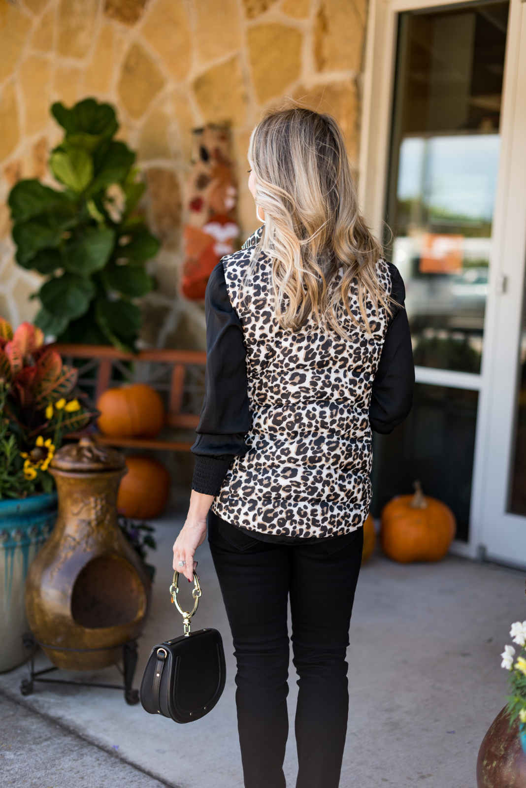 Cute Fall Outfit w Leopard Vest.4