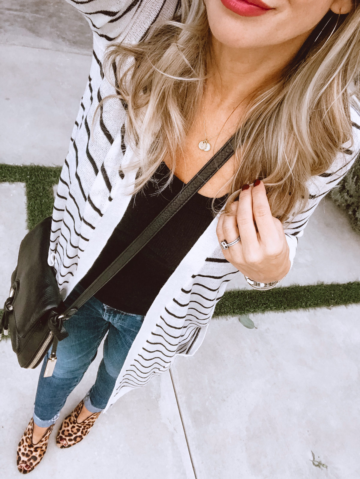 Long striped cardigan and skinny jeans with leopard booties