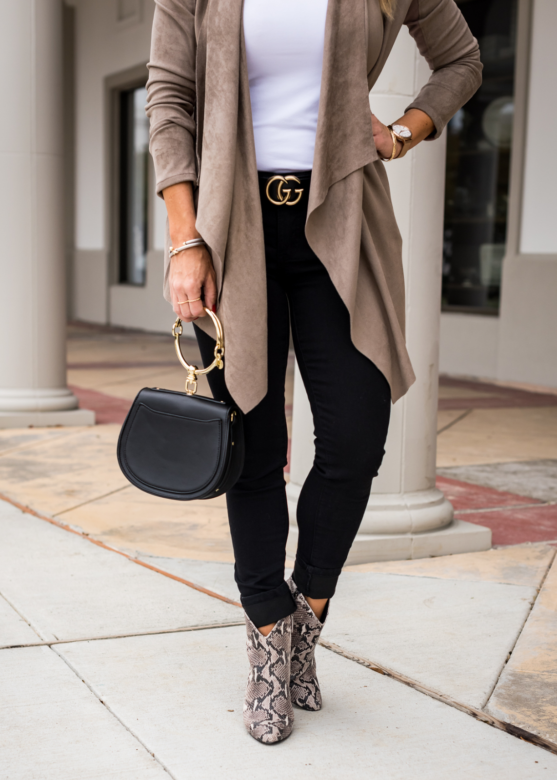 How to Style Ankle Booties - snakeskin boots and black jeans (3)
