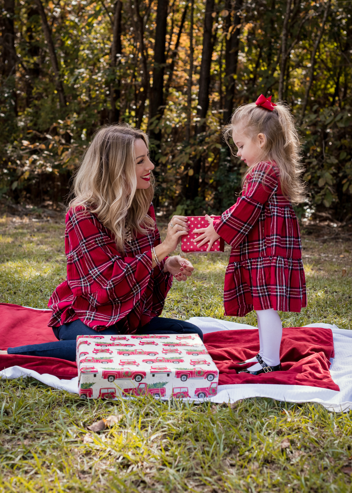 Mother Daughter Christmas Outfits red plaid.2