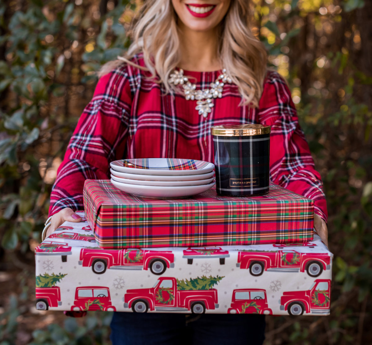 Plaid gifts dessert plates and candle
