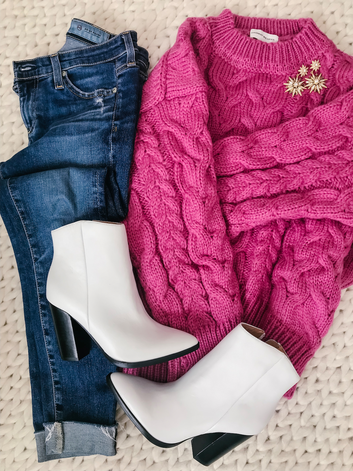Winter outfit - pink sweater and white booties