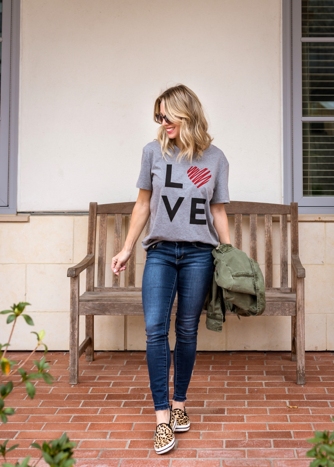 Jeans and love tee with leopard sneakers
