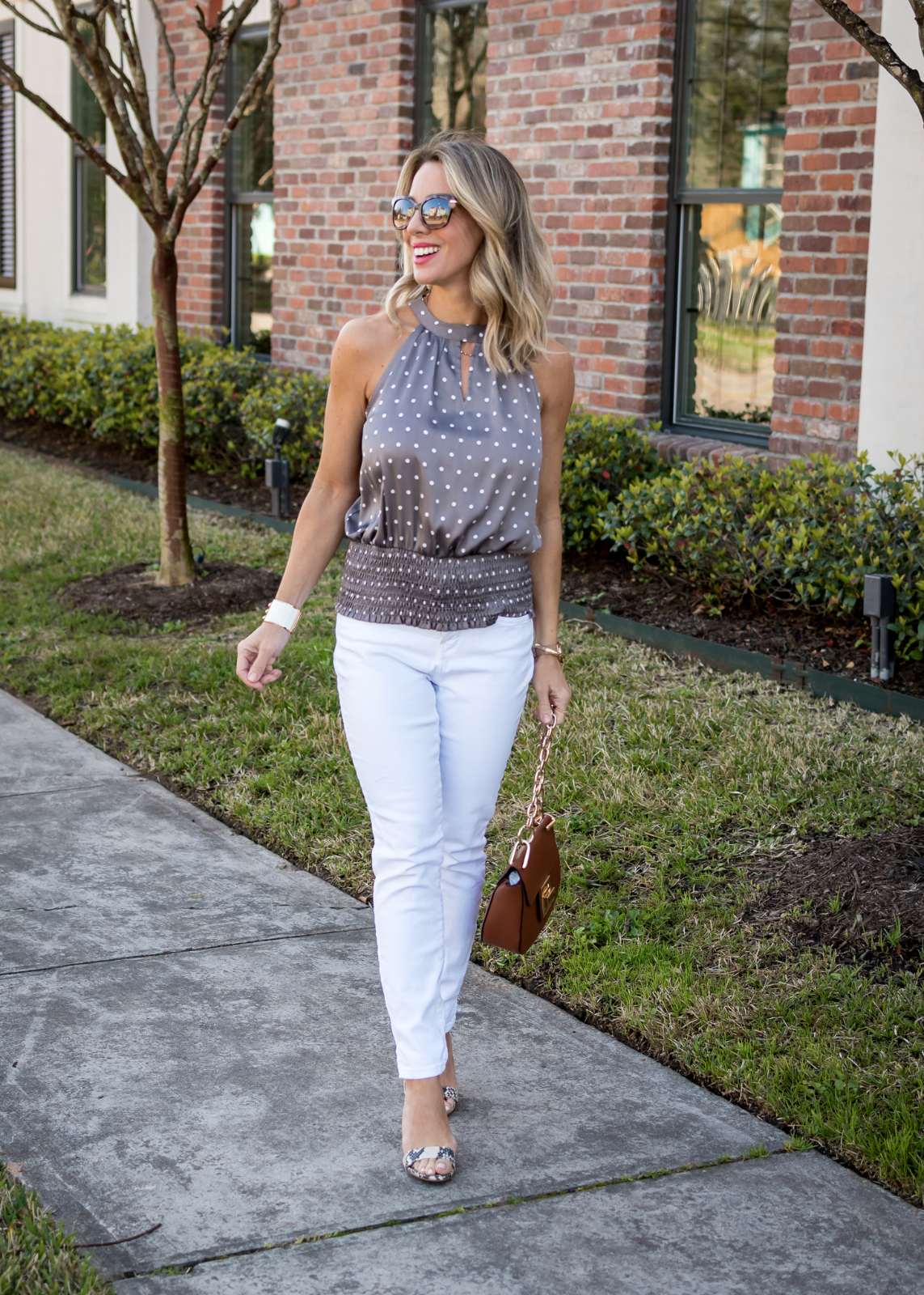 Polka dot halter and white jeans (2)