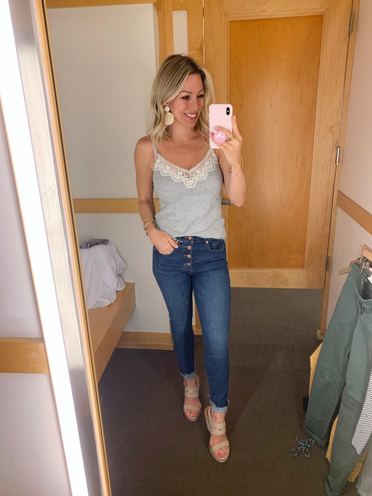 dark wash button fly skinny jeans and grey lace cami