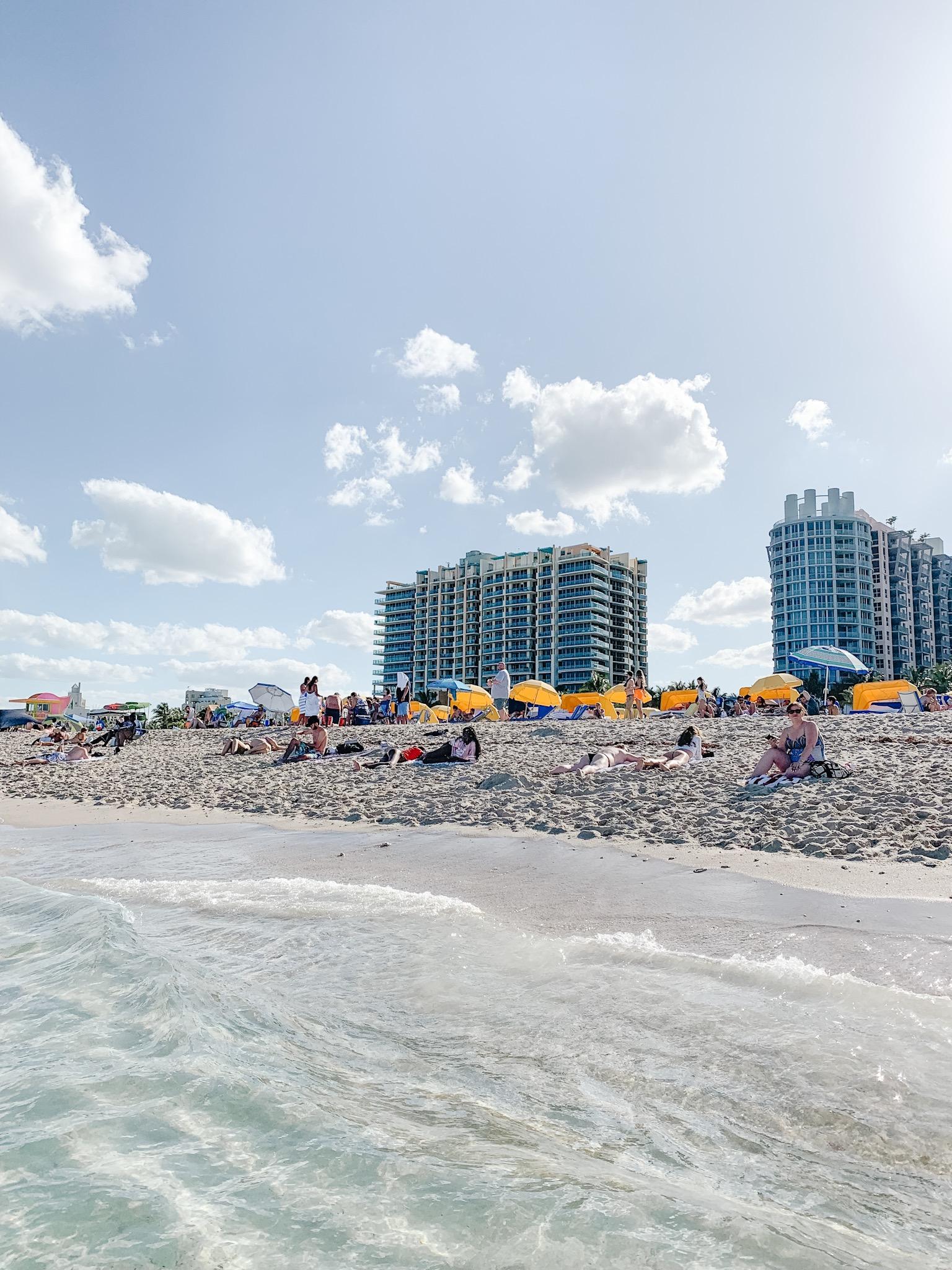 Lowe's Hotel Beach View