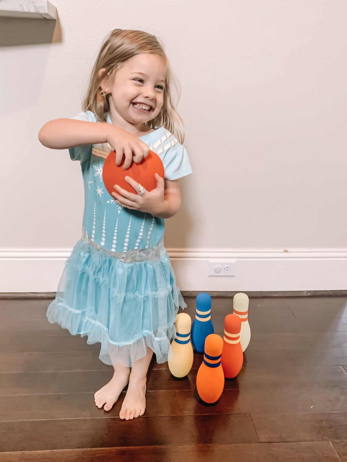 kids indoor bowling set