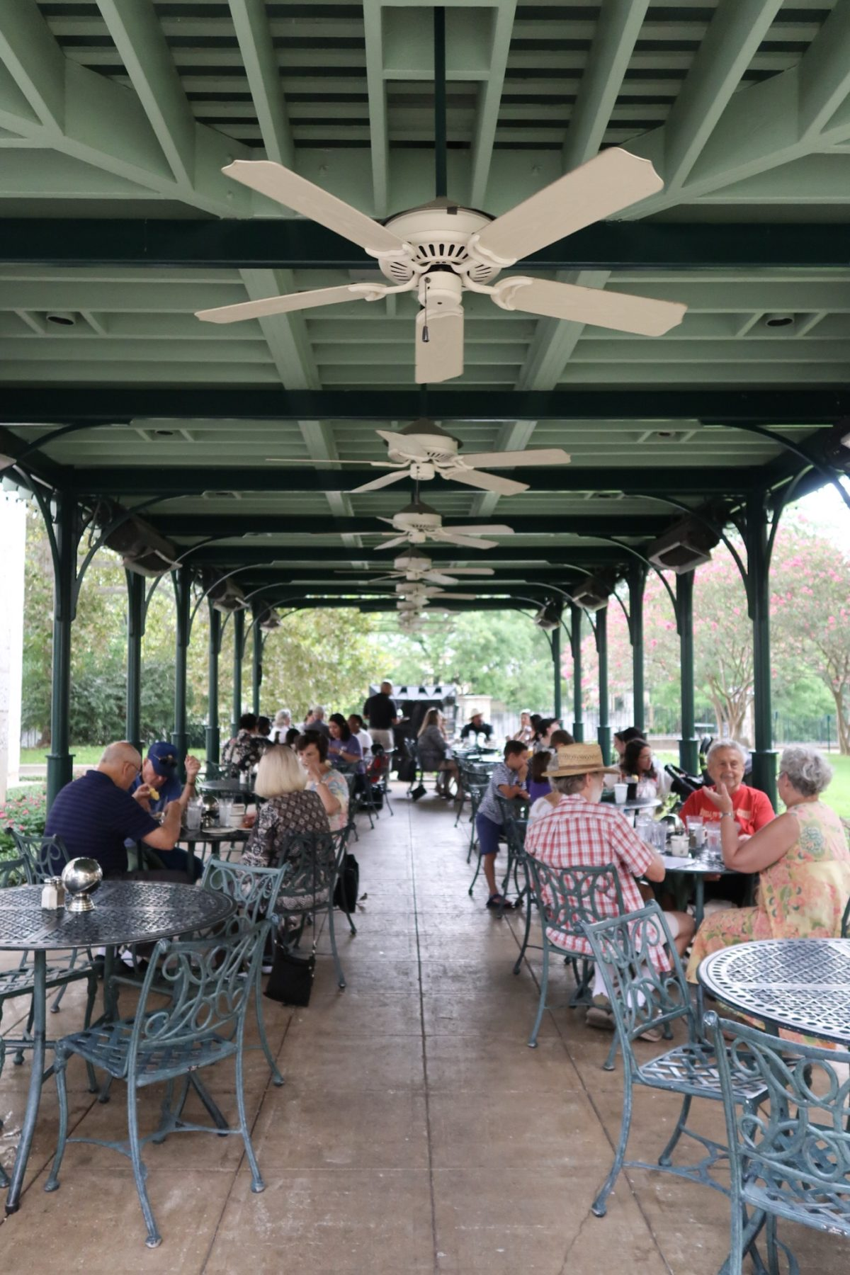 48 hours in San Antonio - eating lunch outside