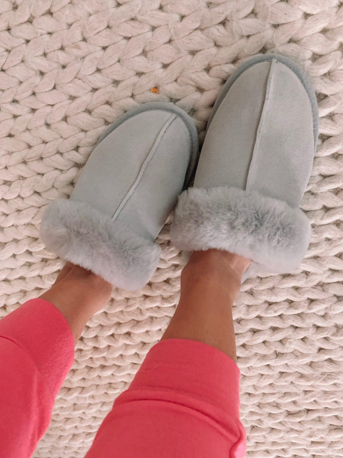 Dressing Room - ugg slippers