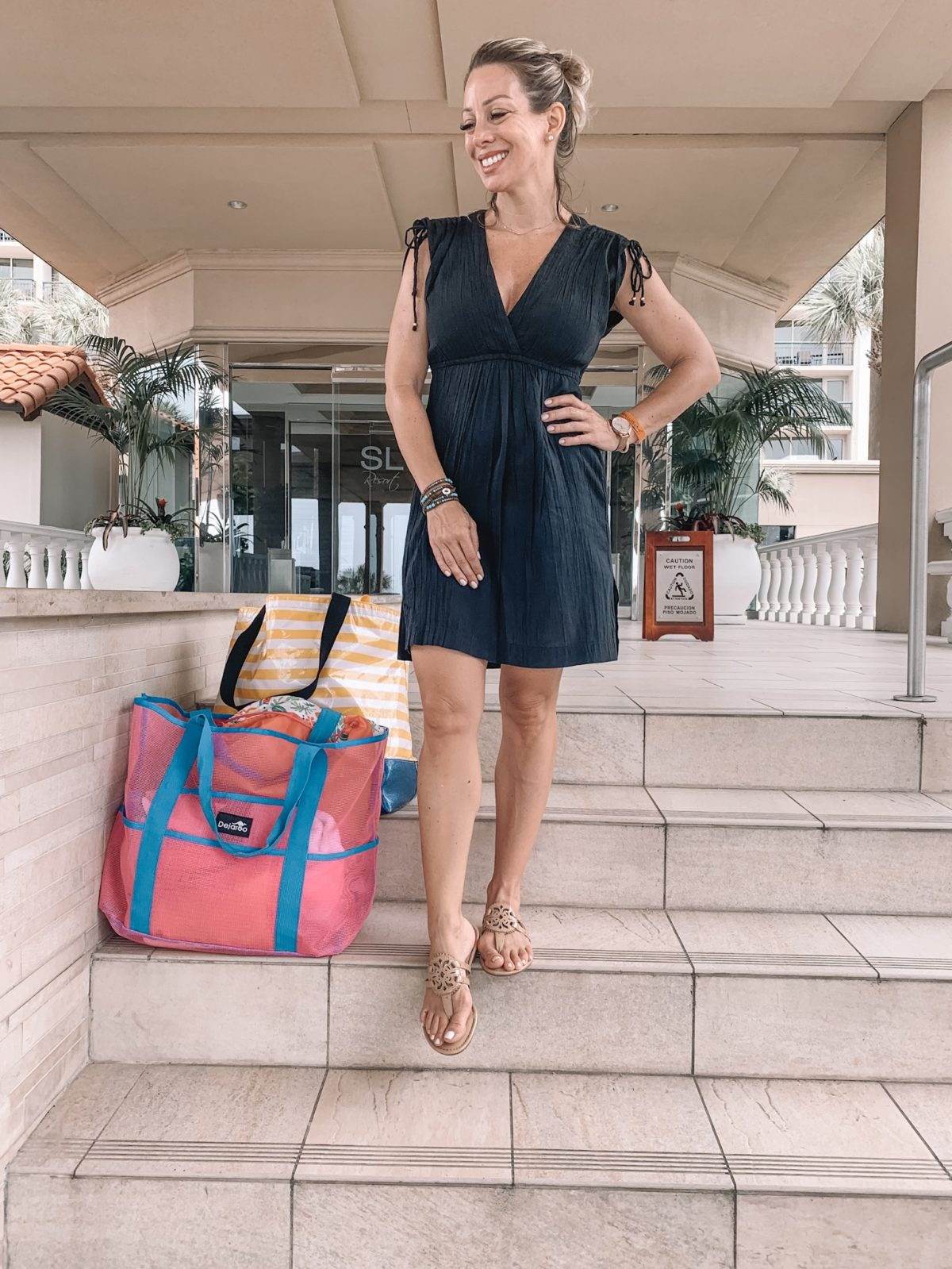 48 Hours in Galveston - Black dress and miller sandals