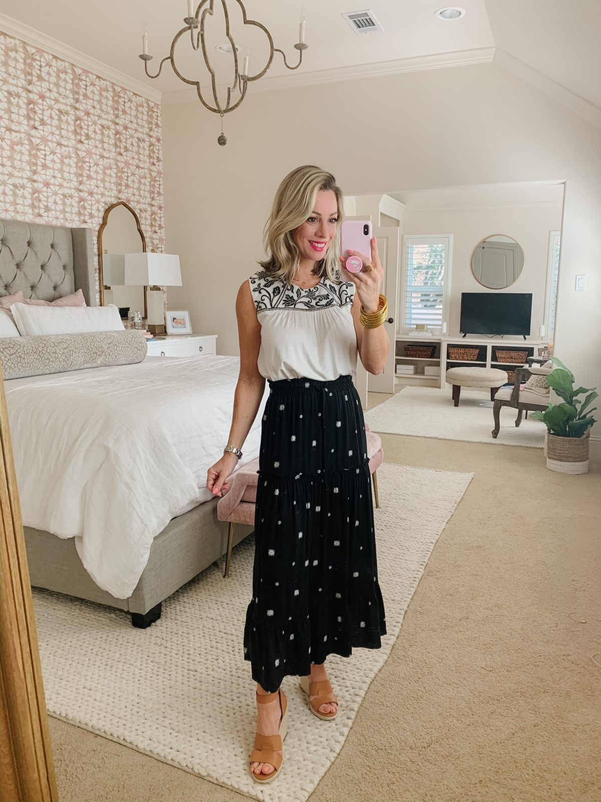 White Top Gibson, Black Maxi Skirt Gibson, Wedges