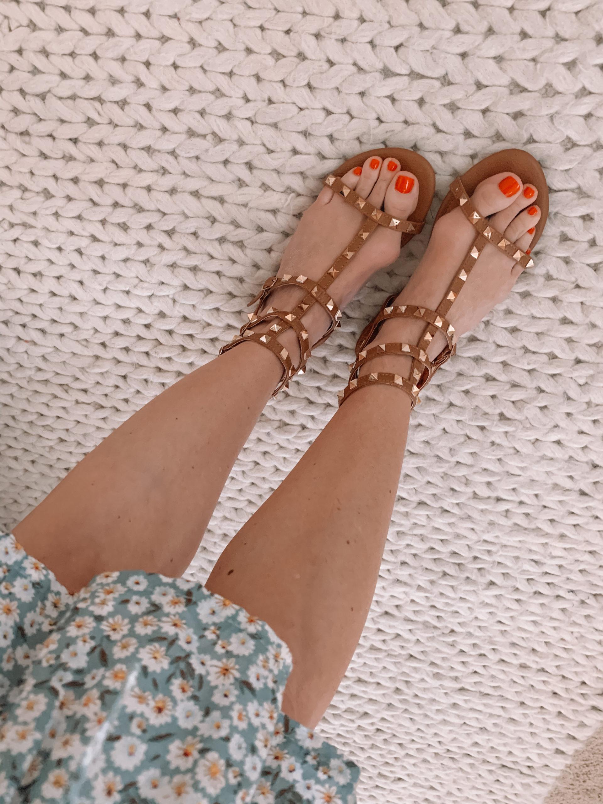 Amazon Fashion - Brown Studded Sandals