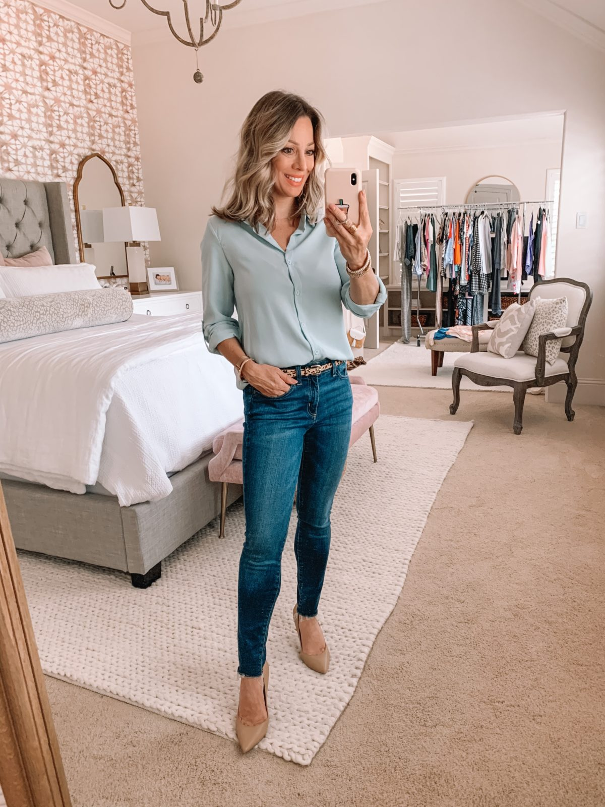 Amazon Fashion Finds, Blue Button Down Top, Skinny Jeans, Heels
