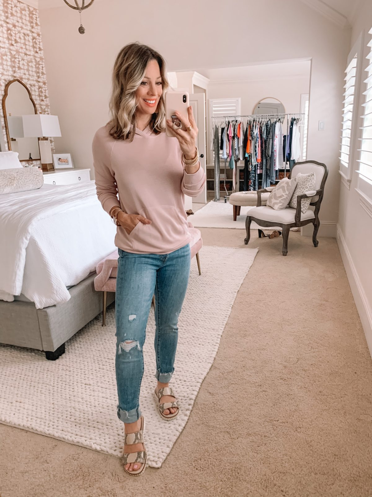 Amazon Fashion Finds, Pink Kangaroo Pocket Pullover, Distressed Jeans, Sandals