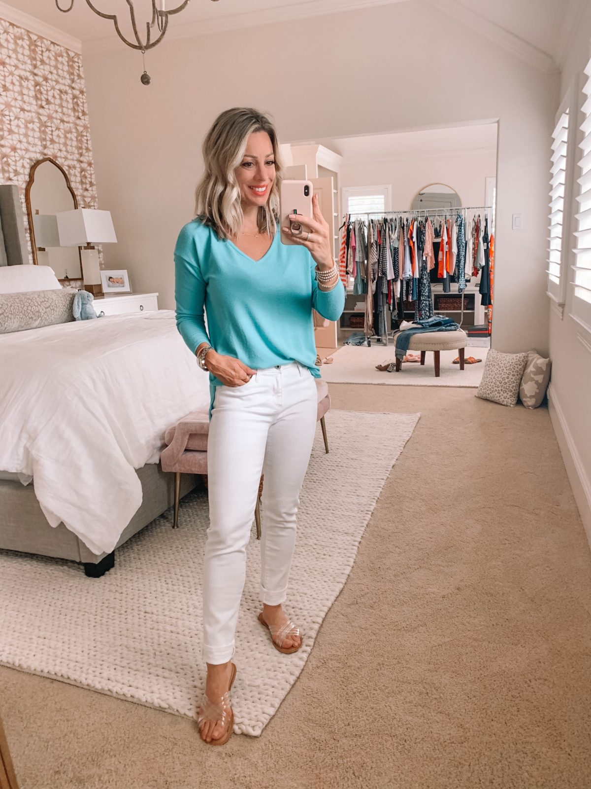 Top and white jeans