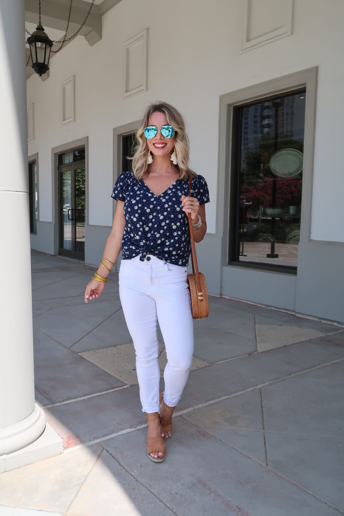 New Summer Styles, Nordstrom and Gibson, Daisy Print Top, Kut from Kloth Jeans, Wedges, Woven Bag, Blue Sunglasses