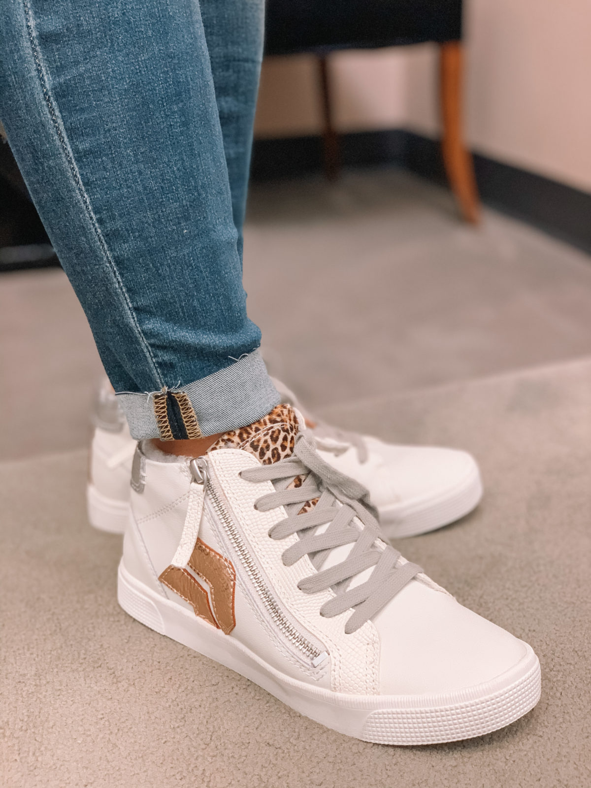 Nordstrom Anniversary Sale 2020 jeans sneakers