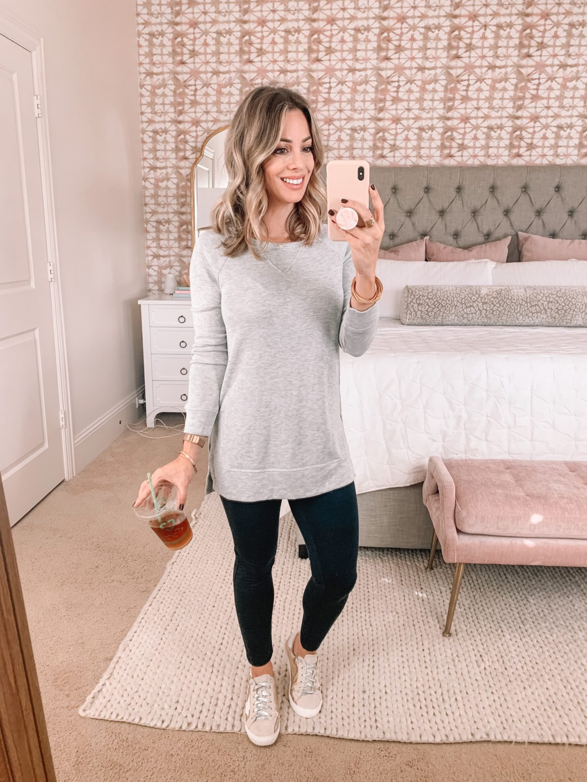 Amazon Fashion Faves, Tunic Sweatshirt, Sneakers, leggings