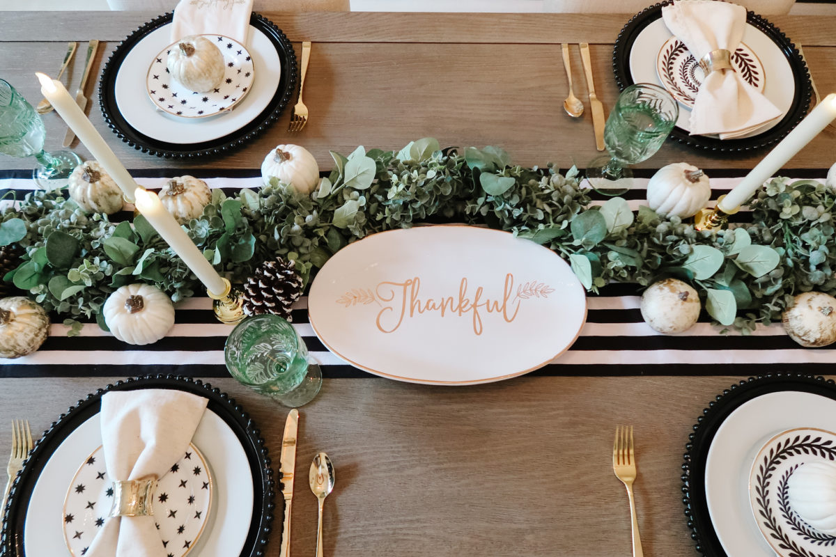 Thanksgiving Tablescape, Modern Black and White with Gold Accents