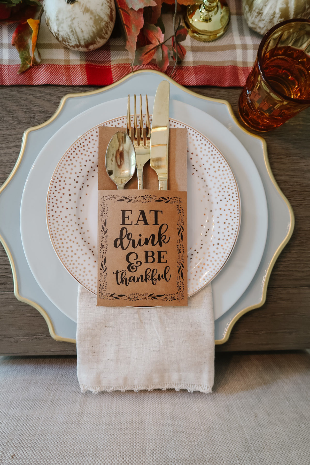 Thanksgiving Tablescapes, Traditional Fall Colors