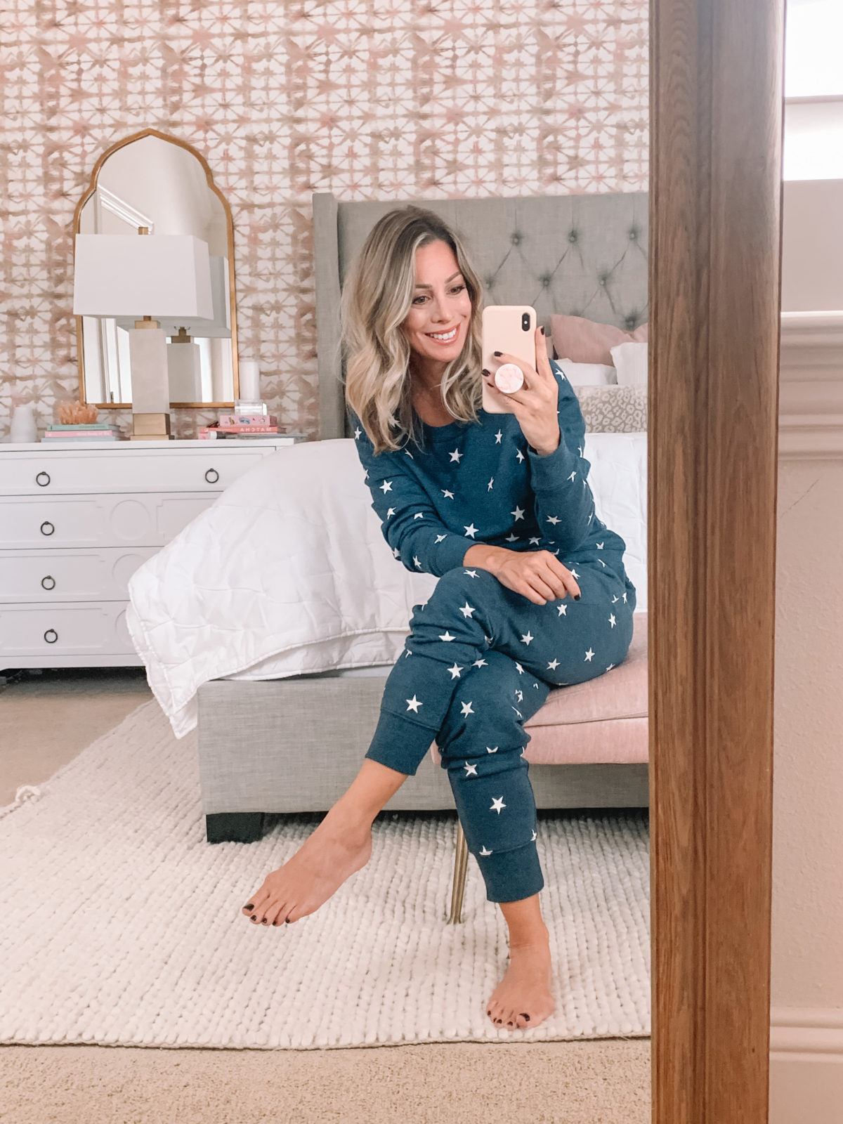 Amazon Fashion Faves, Star Pullover, Star Joggers