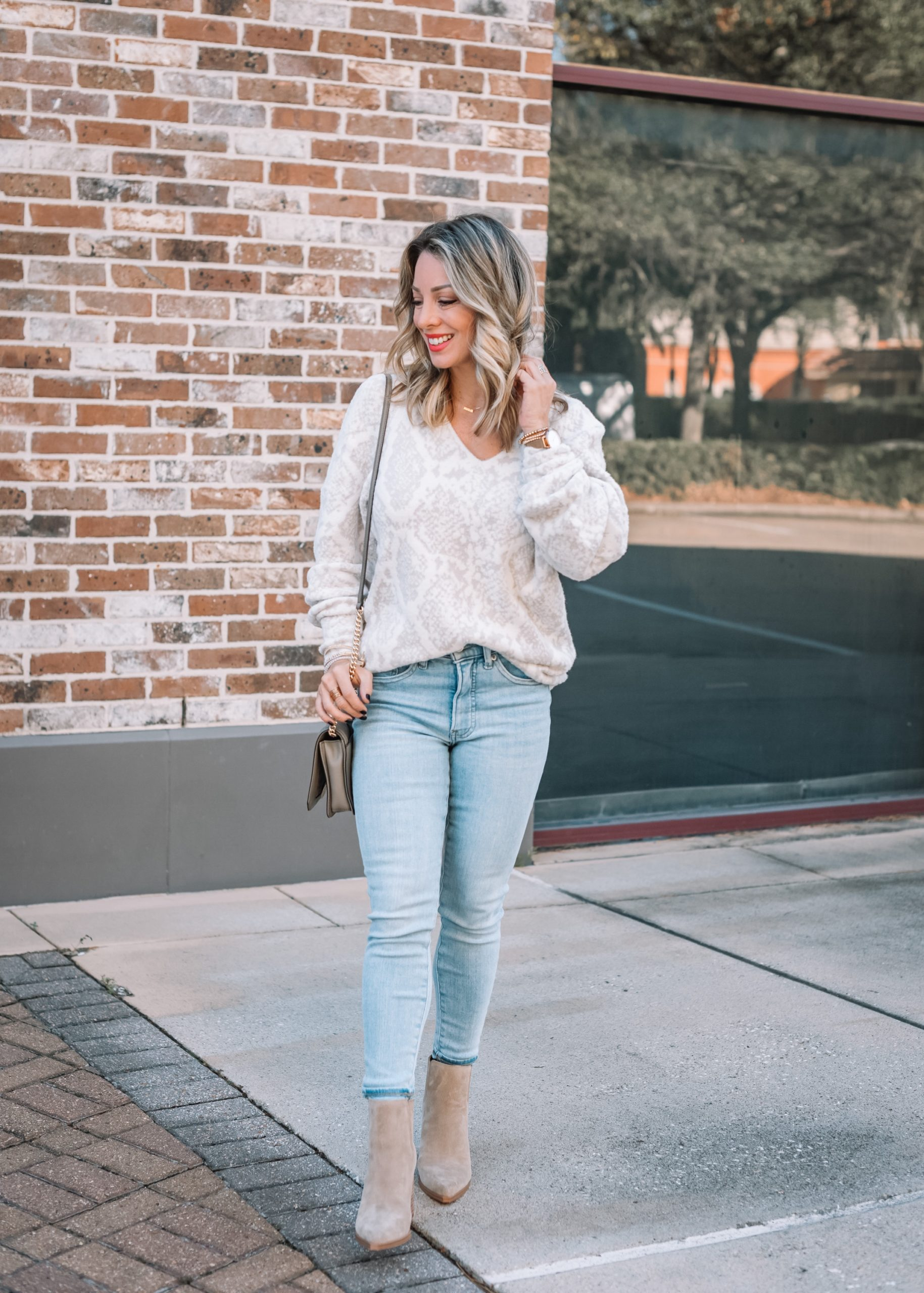 Express Fashion, Snakeskin Sweater, Jeans, Crossbody, Booties