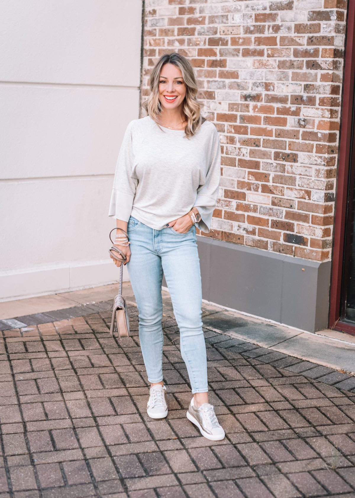 Express Fashion, Gray Tee, Jeans, Star Sneakers