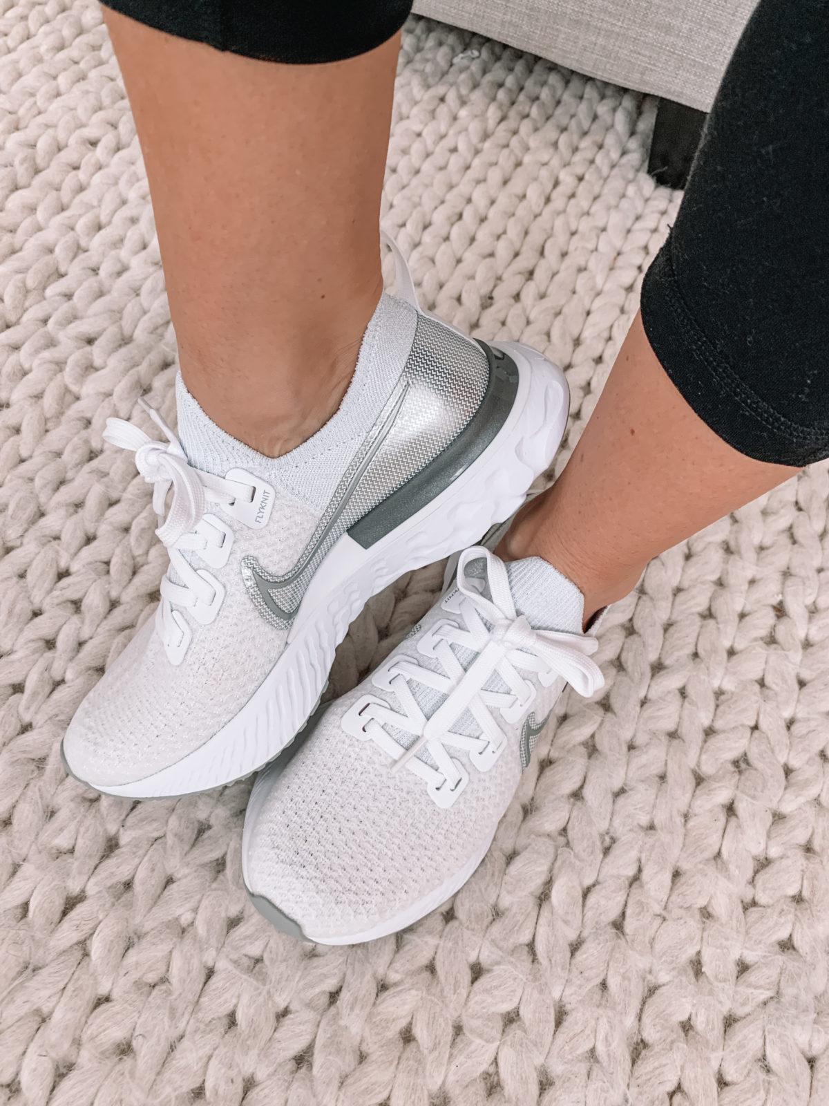 Style a Friend, Nike Sneakers