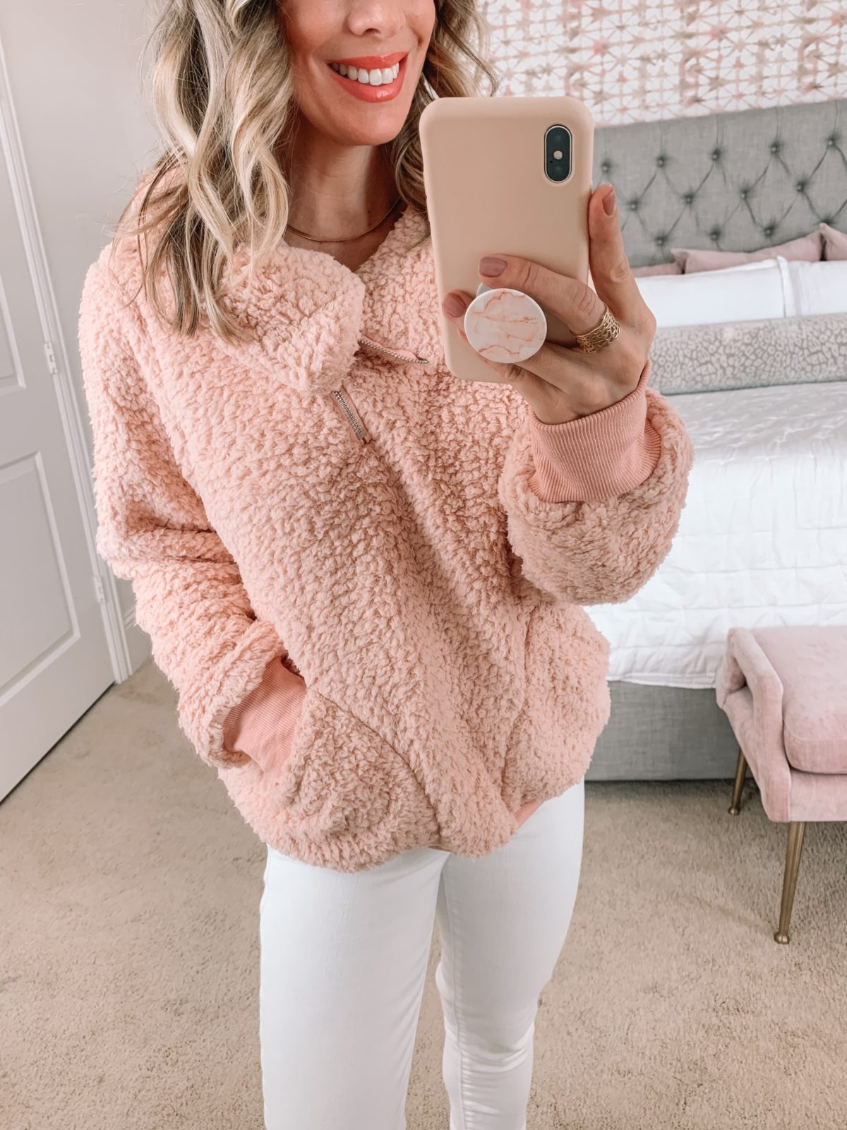 Amazon Fashion Faves, Pullover, Jeans