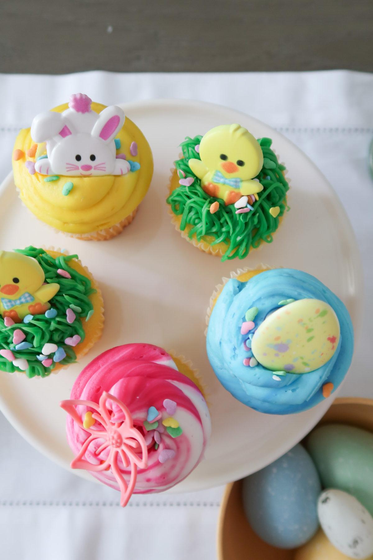 Spring Decor, Cupcakes