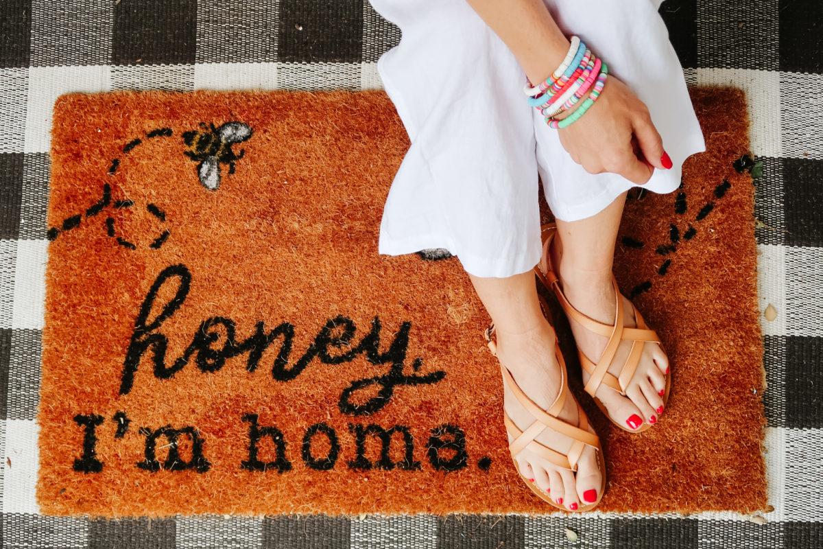Honey I'm Home door mat