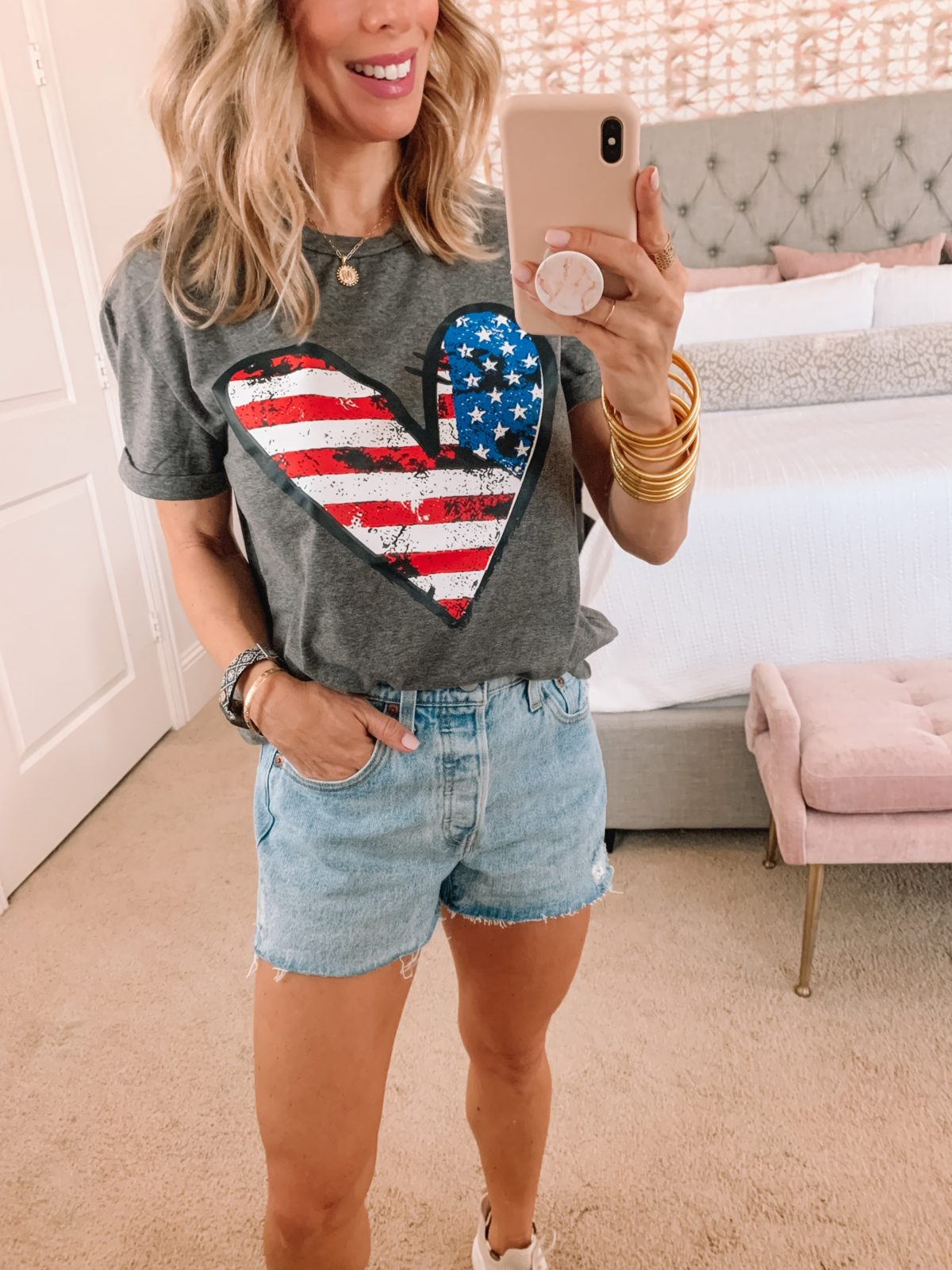 Amazon Fashion Faves, America Tee and Jean Shorts with Sneakers