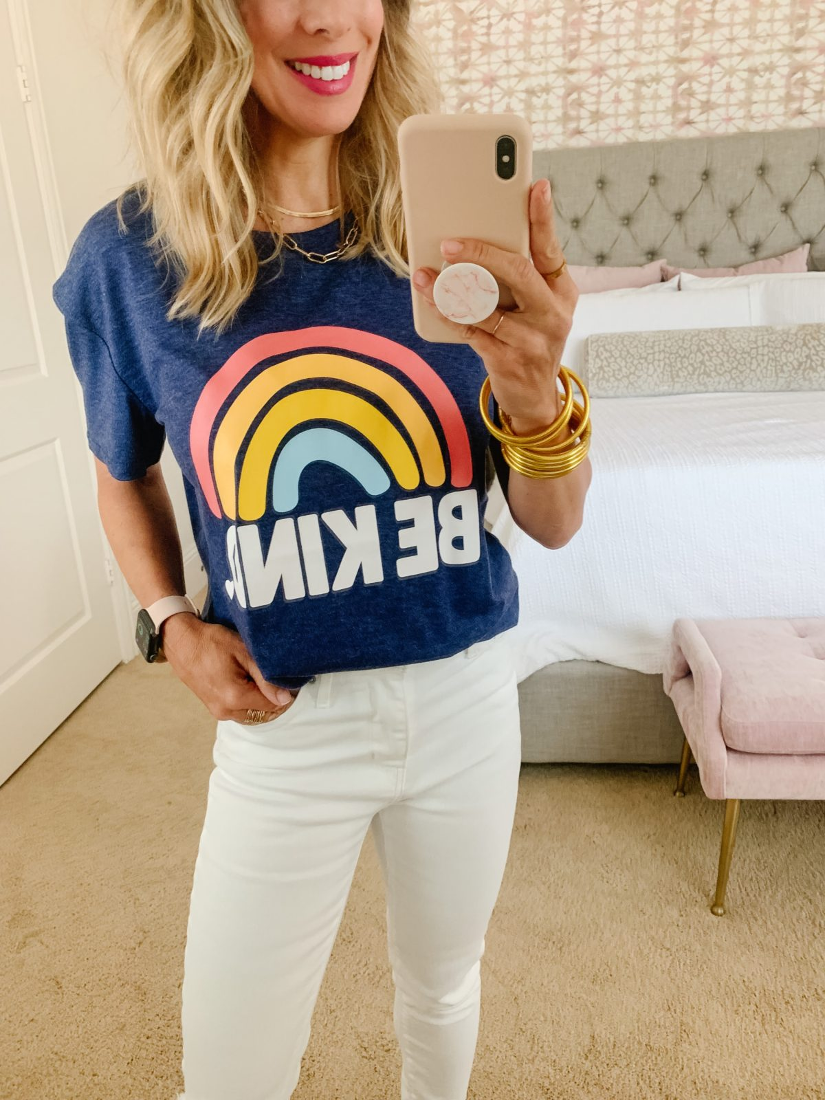 Amazon fashion - women graphic tee and jeans