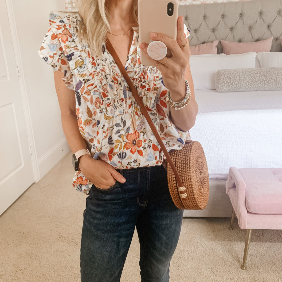 Old Navy fashion, Floral top and Jeans with sandals and Crossbody