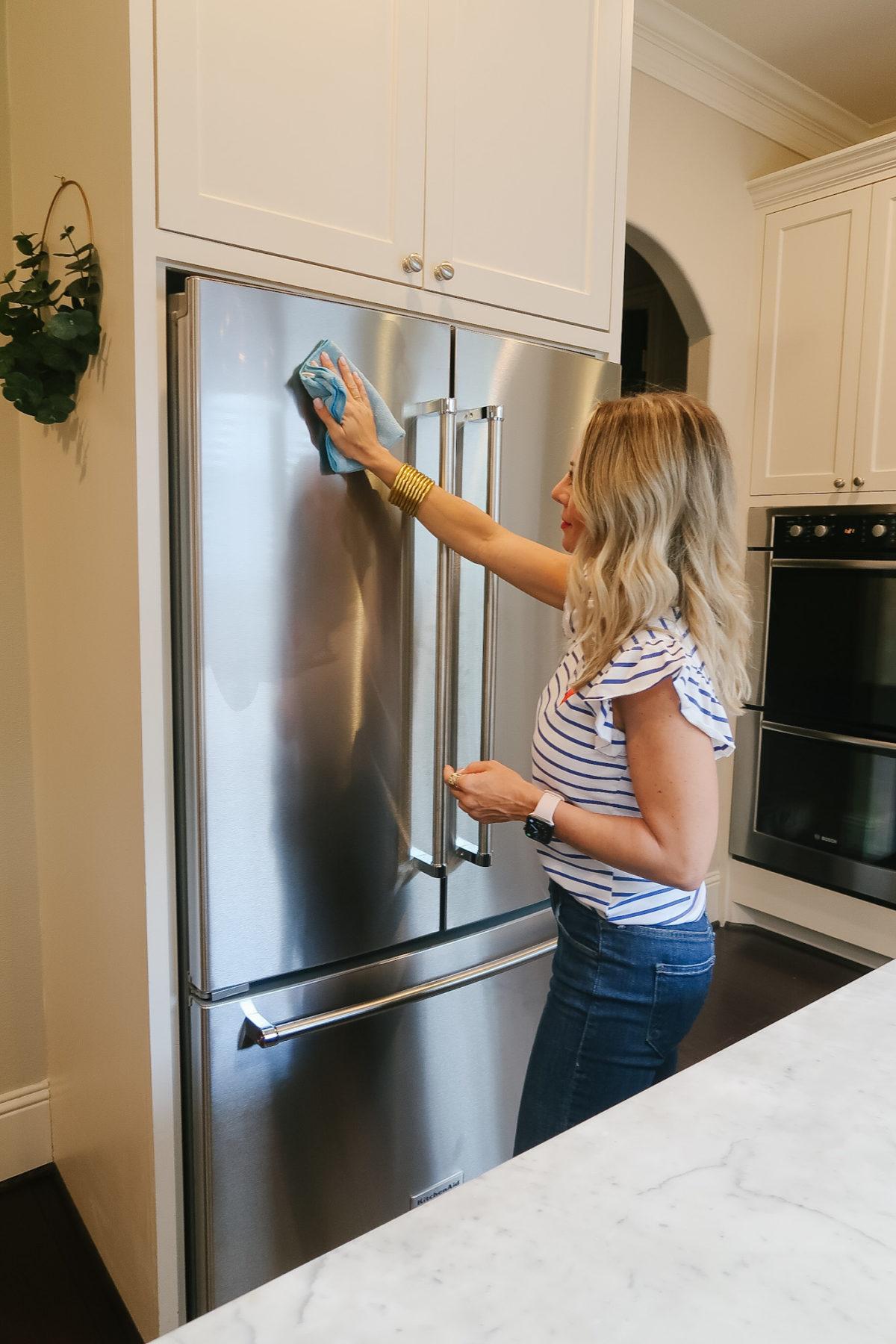 how to keep your stainless steel fridge fingerprint free