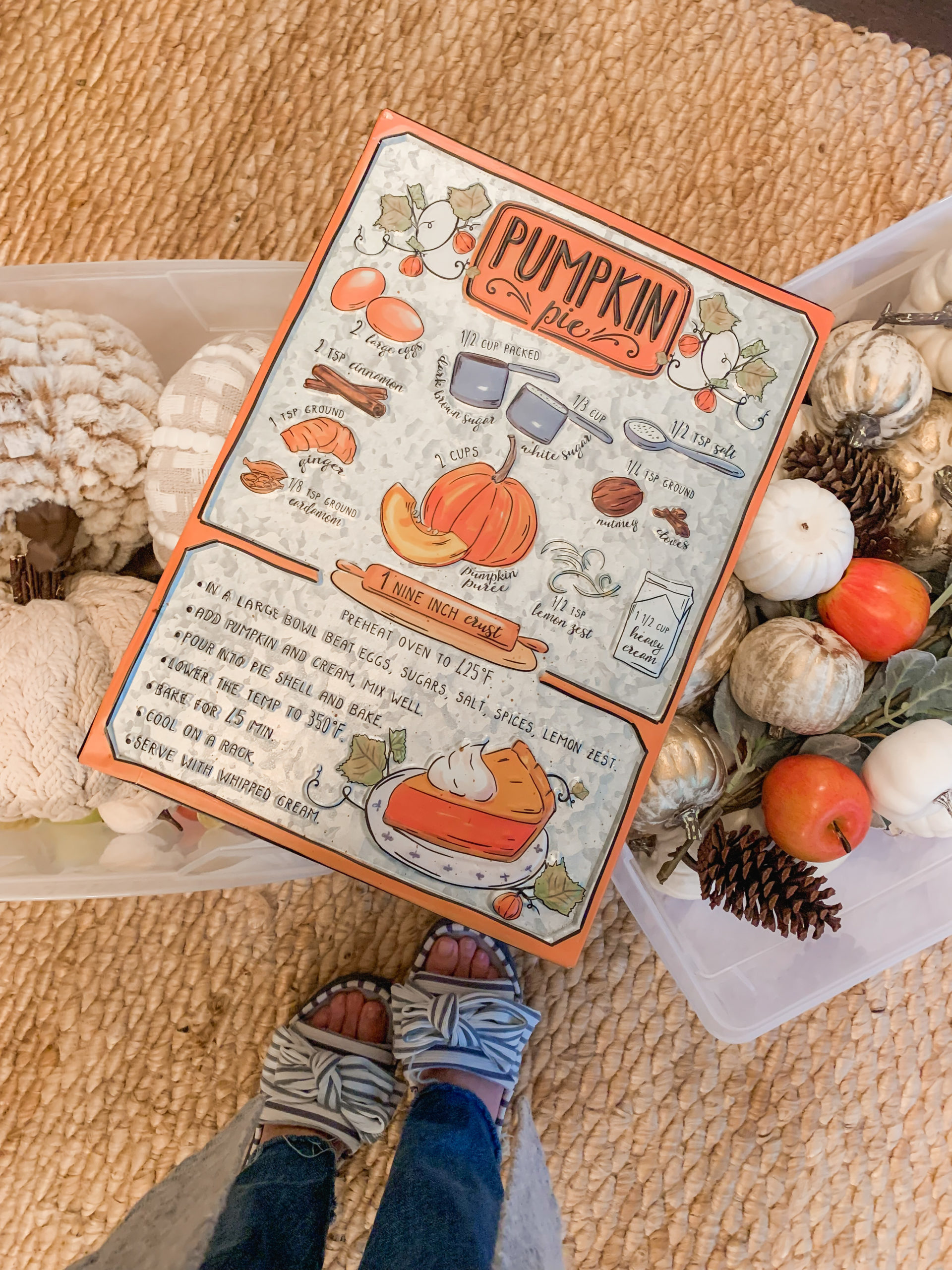 Tin Pumpkin Pie Sign