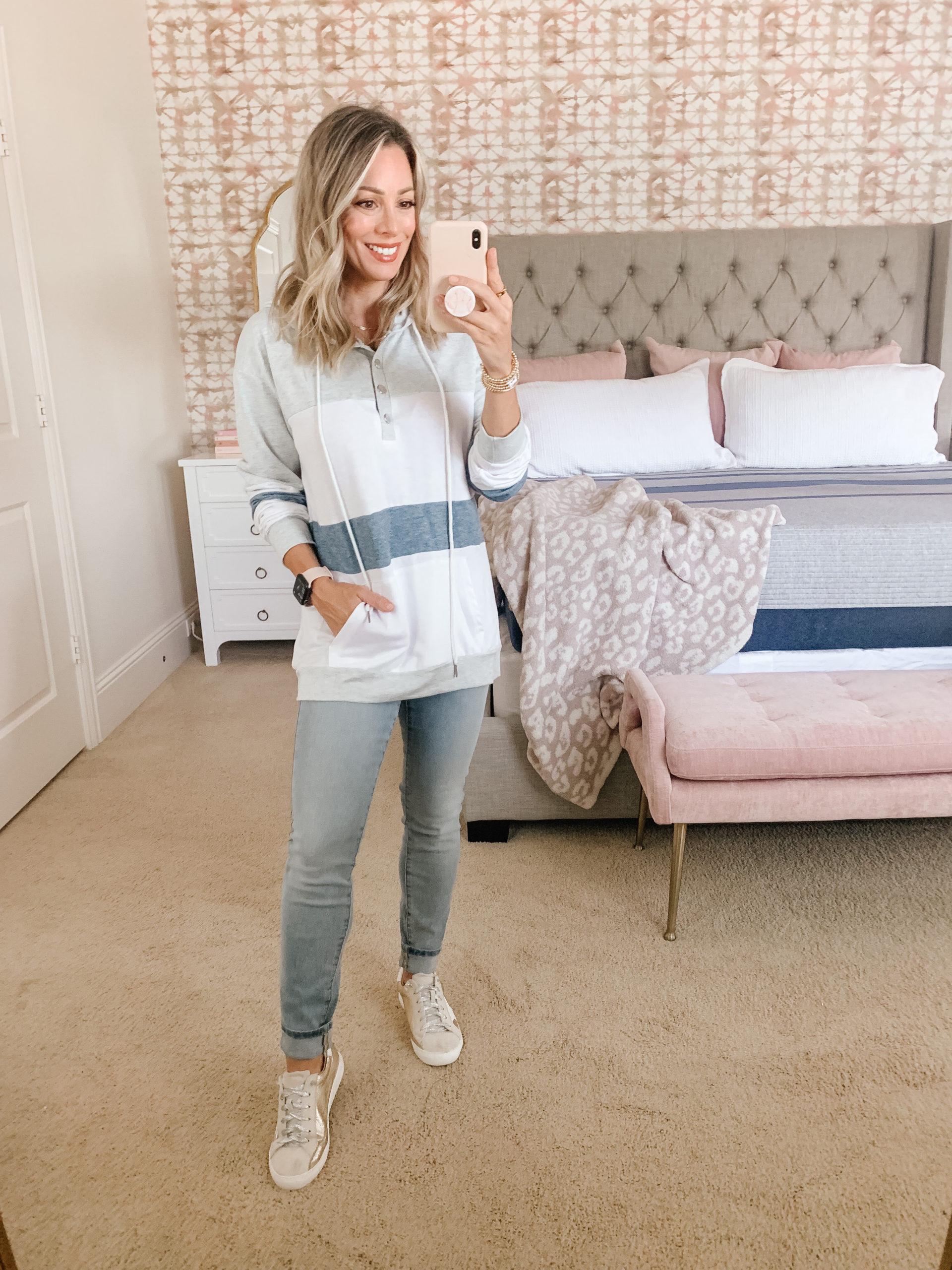 Amazon Fashion, Colorblock Sweatshirt, Jeans, Star Sneakers